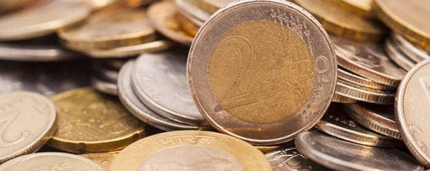 Euromunten uit de collectebus