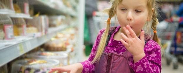 Kinderen eten meer na spelen snoepspelletjes