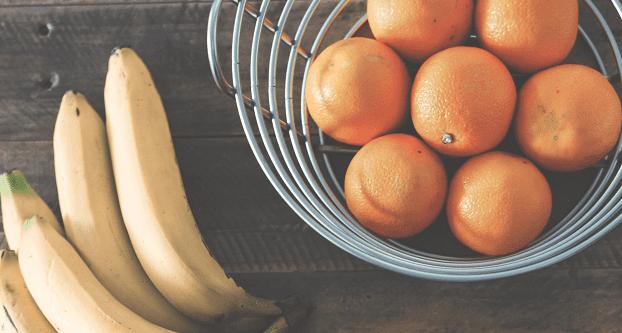 Sinaasappel-banaan yoghurtijs