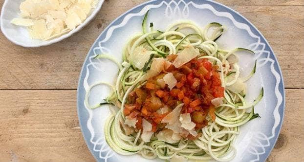 Courgetti met Italiaanse groenten