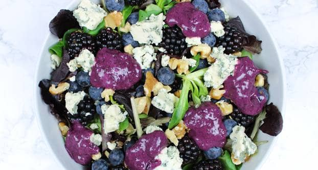 Paarse zomersalade