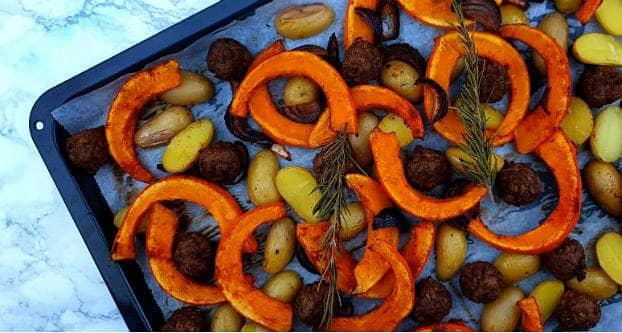 Ovenschotel met pompoen en vegetarische balletjes