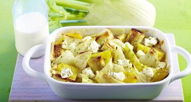 Venkel met aardappelpartjes uit de oven
