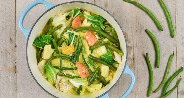 Curry met gemengde vis