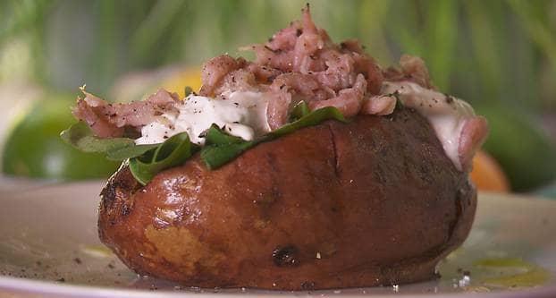 Gepofte zoete aardappel met Hollandse garnalen