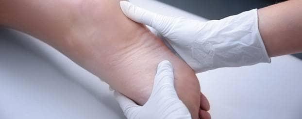 Antibiotica bij botinfecties in de voet: hoe lang en hoeveel?