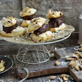 Chocolade amandel meringue