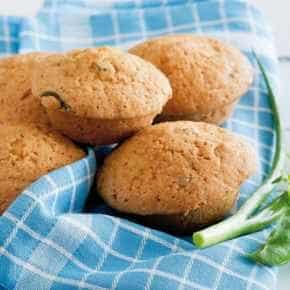 Hartige muffins met groentespread