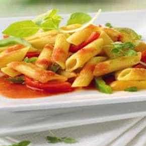 Pittige pastaschotel met paprika