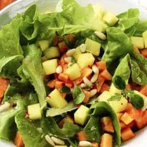 Salade met mango en papaja
