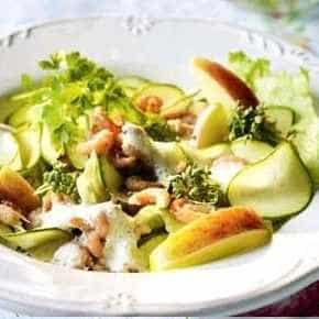 Salade met garnalen en courgette