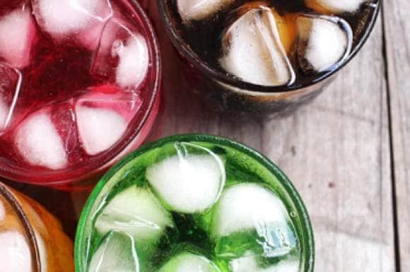 Hoeveel suiker zit er in limonadesiropen?